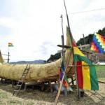 Milenaria: Isla Suriqui. En el lago Titicaca también podemos visitar el lugar donde se fabrican las balsas de totora, recurso natural que permitió al hombre andino navegar en el lago desde épocas remotas